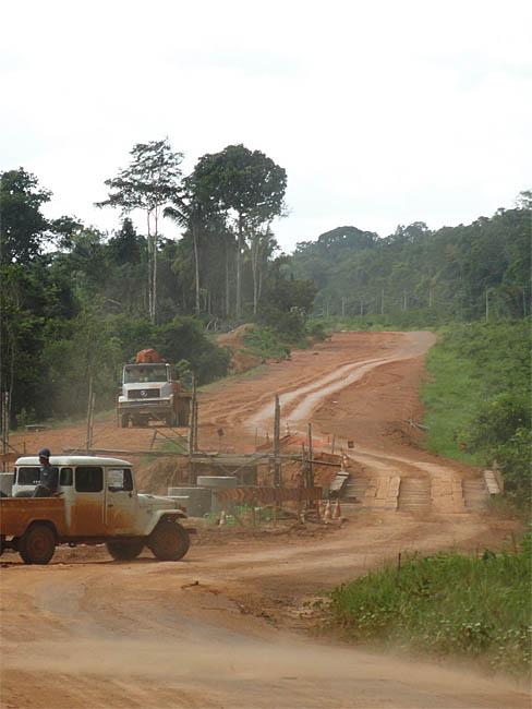 Trecho em obras na BR-139 em Humaitá, sul do Amazonas. (Daniel Pena)