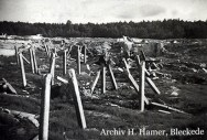 Bild 5: Säulen im Trümmerfeld der ehemaligen Tank-Behälter