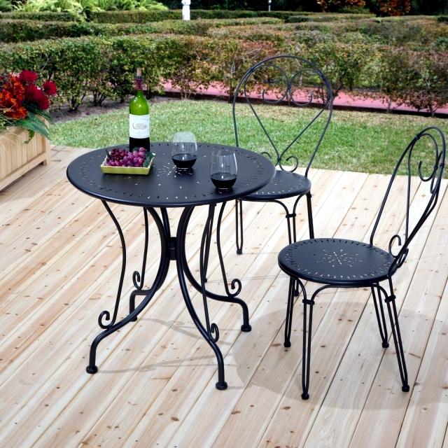 21 wrought iron garden furniture