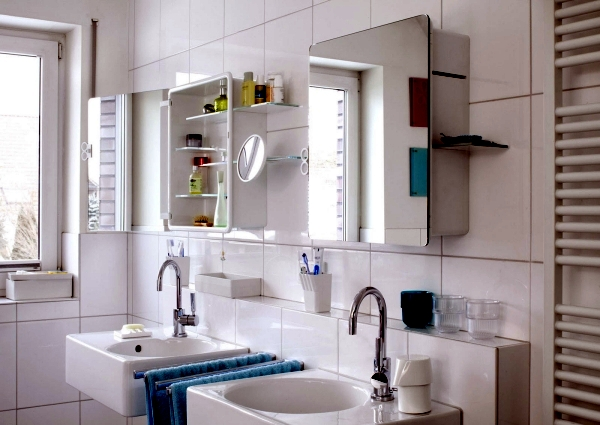 Mirror cabinet in the bathroom     designs for minimalist interior     Bathroom facilities