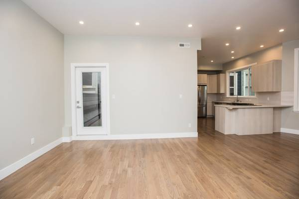 BRAND NEW Luxury 4 Bedroom Flat in Pacific Heights w/ Private Backyard (richmond / seacliff) $9850 4bd