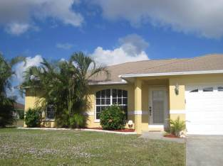 SPECIAL – 3/2/2 pool home, lanai, great location, rented, Florida Cape Coral
