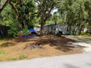 4 bed 2 bath Mobile Home and Land Brooksville – one hour North of Tampa Florida