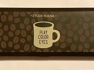 Etude house eyeshadow palette