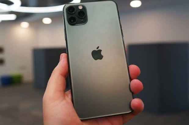 Hurry now and get your brand new iPhone 11 Pro Max, good rate, delivery in all kind of place.