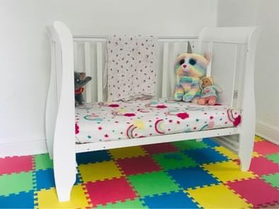 Child's cotbed