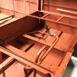 Inbouwen van nieuwe Sole mini 44 met TMC keerkoppeling in Tender sloep