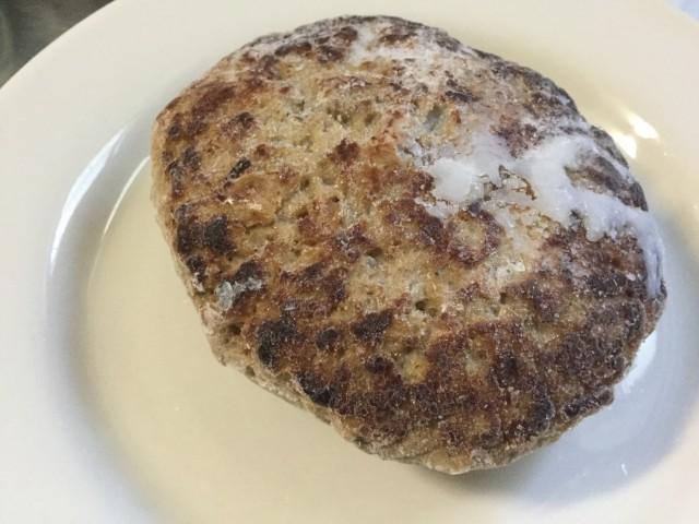 セブンプレミアムの冷凍食品「デミグラスハンバーグ」③