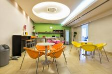 Colorful office space design tips