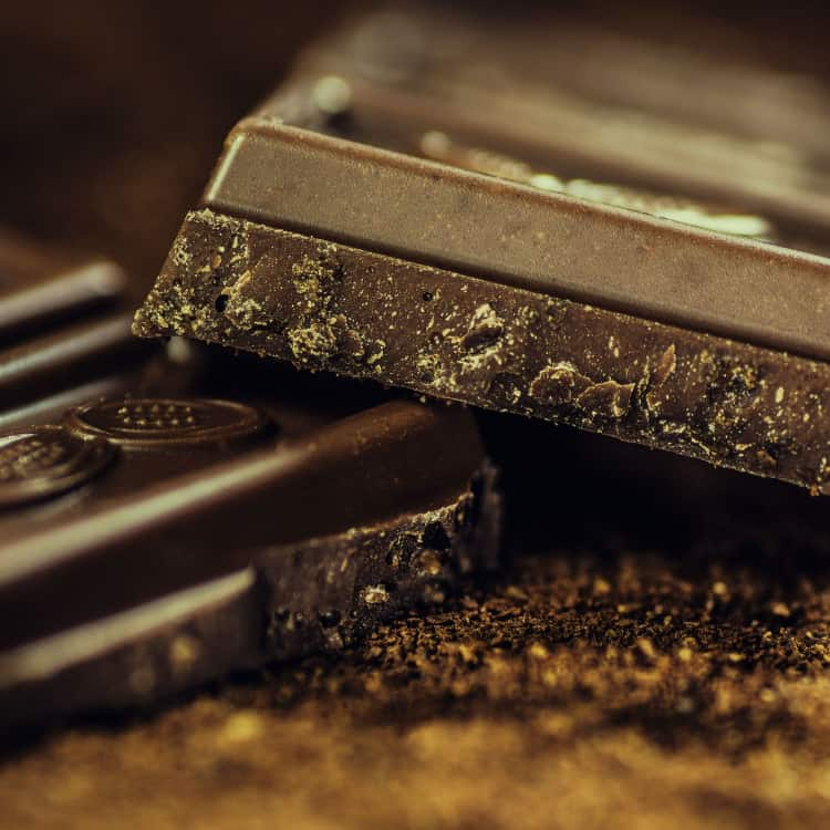 image of dark chocolate as a healthy snack for work