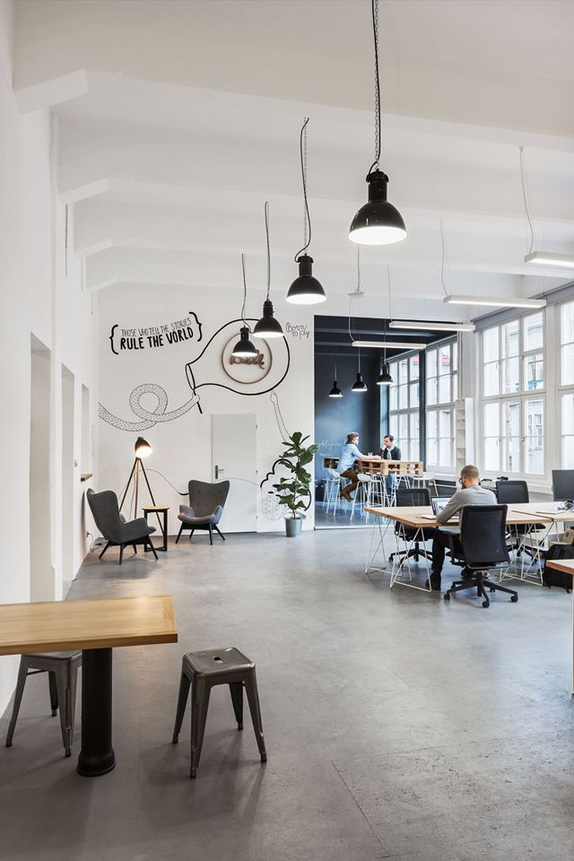 A Tour Of Bubbles New Super Cool Office Officelovin