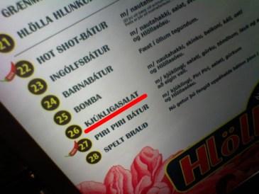Kjúkligasalat - Hlölla Bátar