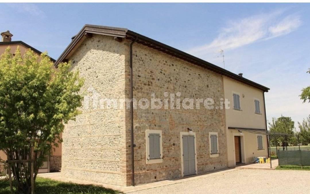 Villa unifamiliare via Varra Inferiore, Collecchio