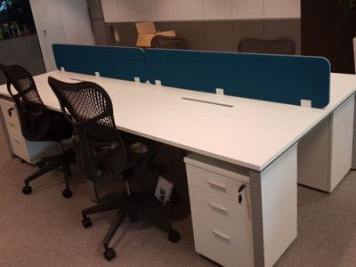 DNDB Pte Ltd - DE Series Workstation with clip on Fabric panel