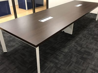 EQCOMS - DE Series Conference Table
