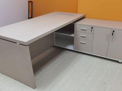 LYK Mobile - Nantes Director's Desk