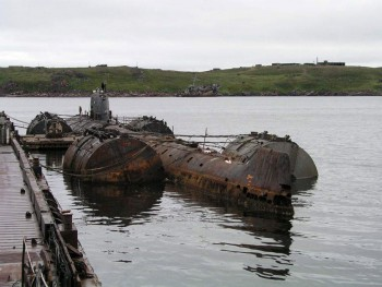 Soviet submarine K-159 © Bellona Foundation.