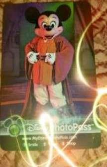 Loving the Jedi Mickey Photo Pass!