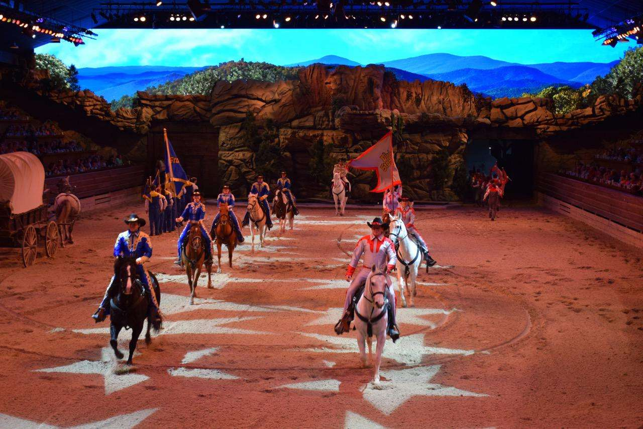 Dixie Stampede Review And Why We Want It Back Off On The Go