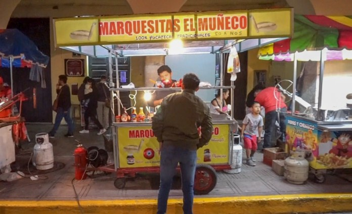 A marquesita stand, one of local treats and things to do in Merida