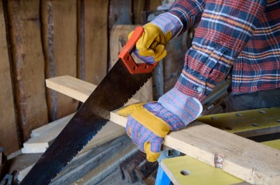 Homesteading: Hand Tools Or Power Tools?