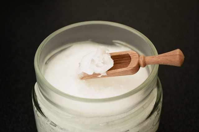 7 Things Your Doctor's Not Telling You About Coconut Oil