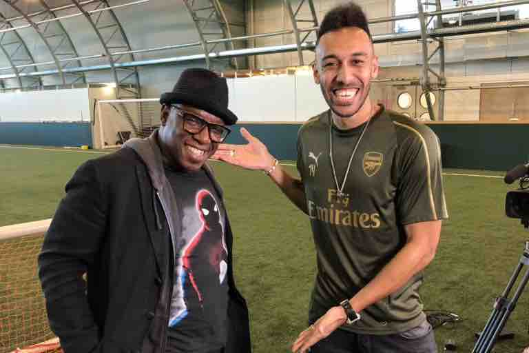 Photo: Pierre-Emerick Aubameyang hangs out with Ian Wright – Off ...
