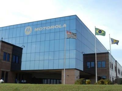 Motorola irá lançar smartphones mais duráveis, diz CEO do Google