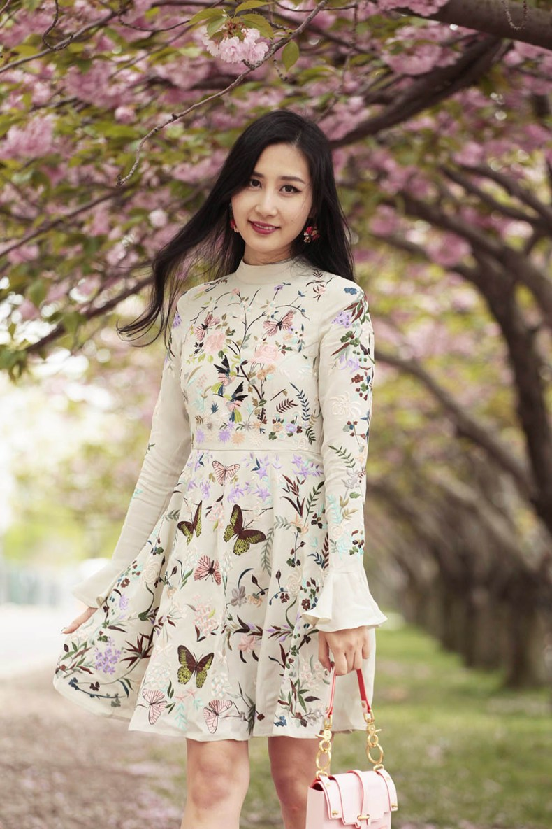 Where to Take Photos with Cherry Blossoms in NYC | Of Leather and Lace | A Fashion Blog by Tina Lee