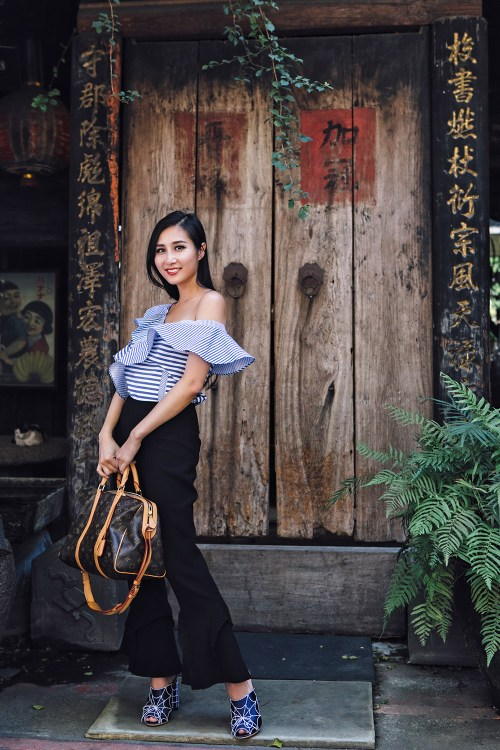 How to Pull Off the Ruffles Trend This Fall | Of Leather and Lace
