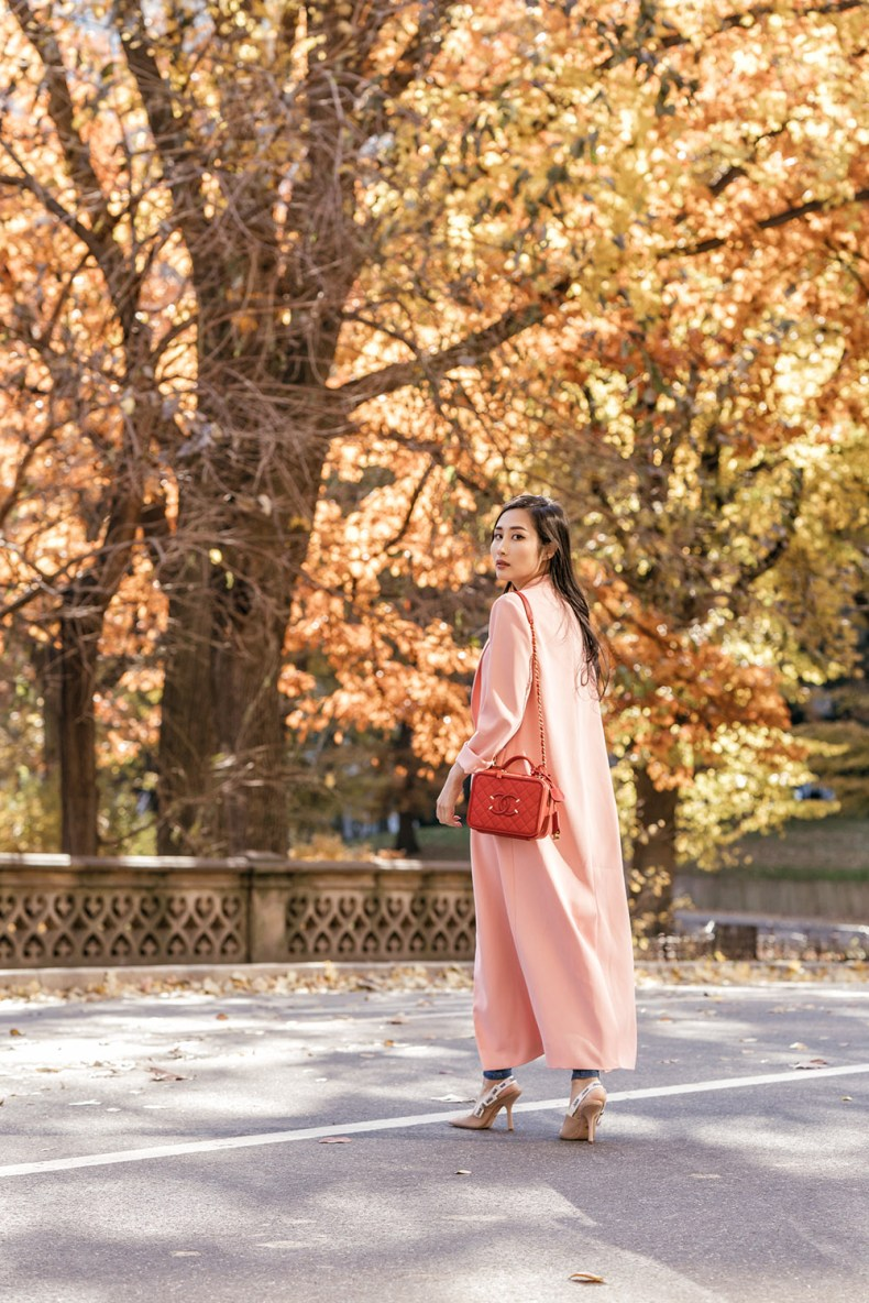 Everyone Needs a Duster Coat - Long Duster Coat Outfit | in NYC | Ofleatherandlace.com