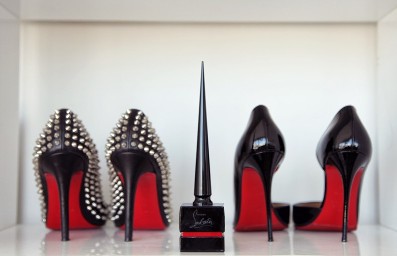 2017 Holiday Gift Guide for Luxury Lovers - Christian Louboutin Nail Polish | Ofleatherandlace.com