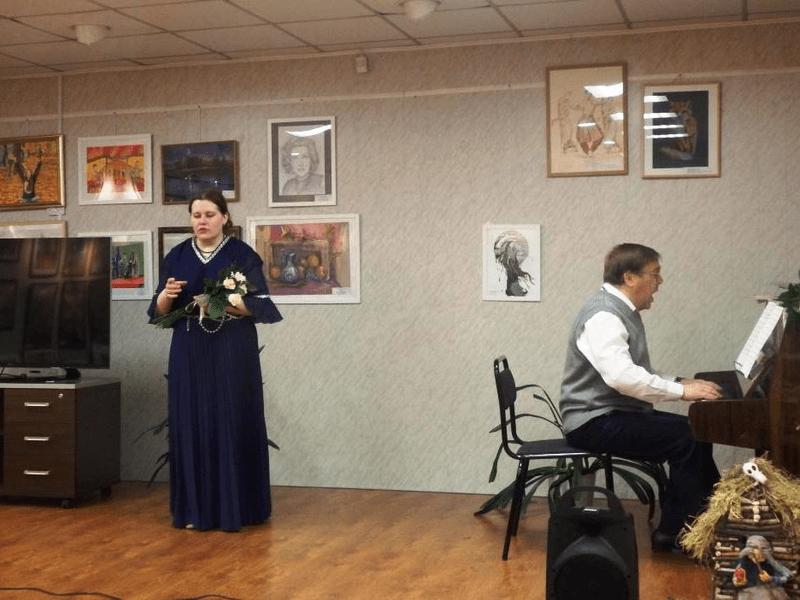 Майя Полякова с концертом