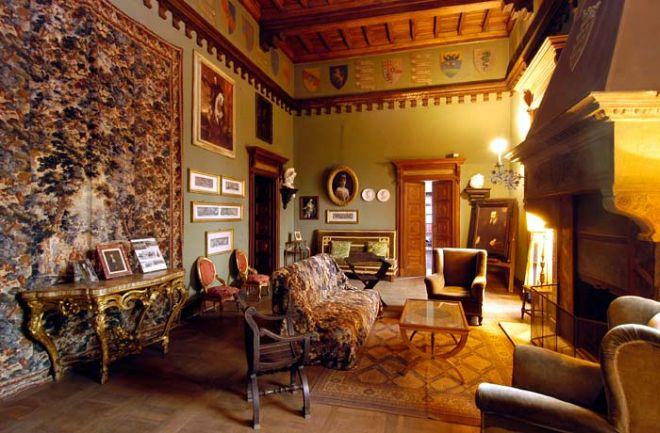 Un interno del castello di Piovera