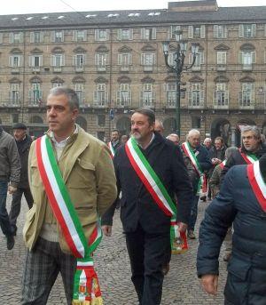 I sindaci si avviano verso Palazzo Lascaris