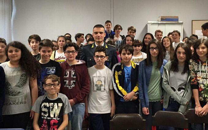 La Guarda di Finanza ha incontrato gli studenti tortonesi
