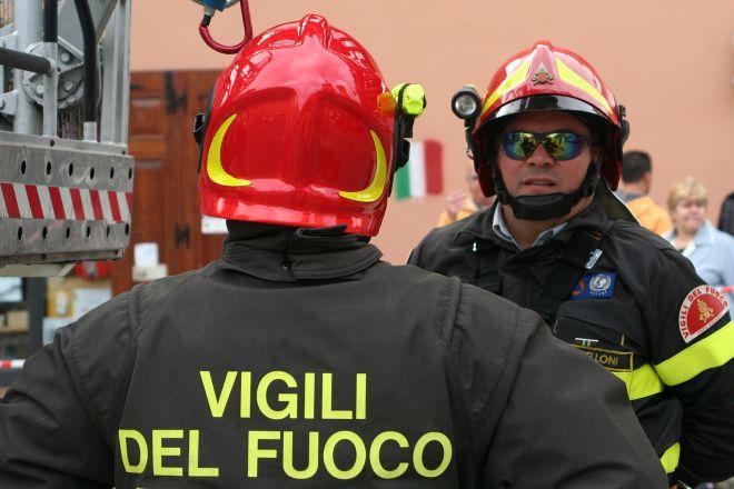 Appartamento a fuoco a Villalvernia spento prontamente dai pompieri