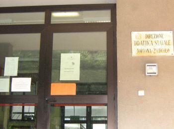 L'istituto comprensivo B di Tortona rifiuta materiale didattico gratis dall'Esselunga? I genitori protestano