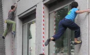 Bambini ladri si arrampicano sulle finestre nel rione Città Giardino di Tortona?