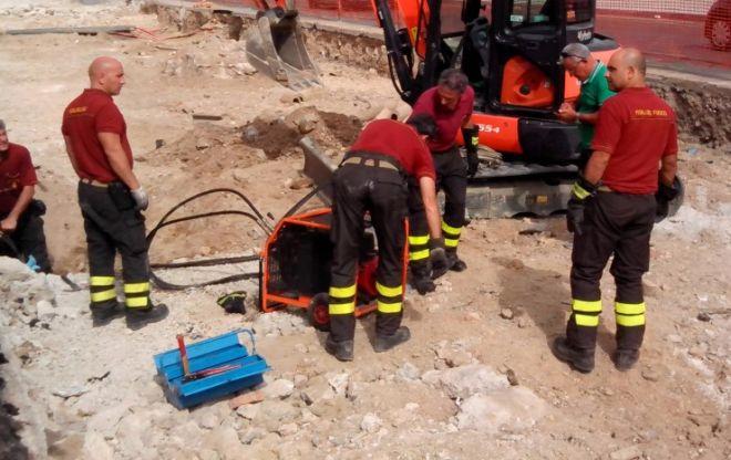 vigili fuoco scavo G