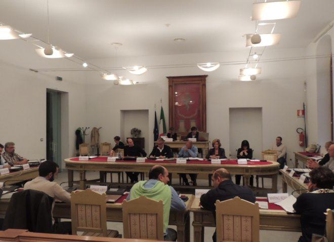 Pur di votare la fusione Atm/Asmt i consiglieri di Tortona vanno contro i loro atti