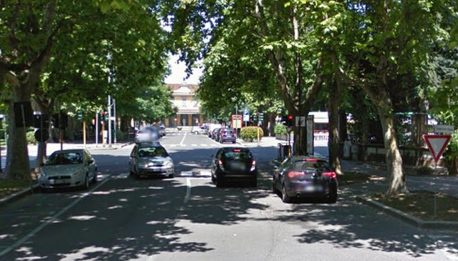 Ancora fuori uso il semaforo in corso Leoniero a Tortona