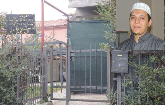 """L'Imam di Tortona spiega le idee dei musulmani e cosa fanno alla """"moschea"""""""