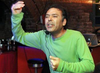 Poeti e cabaret sul palcoscenico ad Alessandria per la tappa di Slam Italia