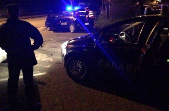 Due marocchini ubriachi si rifiutano di uscire da un bar di Alessandria e finiscono nei guai