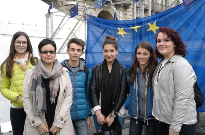"""Il Marconi premiato al concorso """"Diventiamo Cittadini Europei"""""""