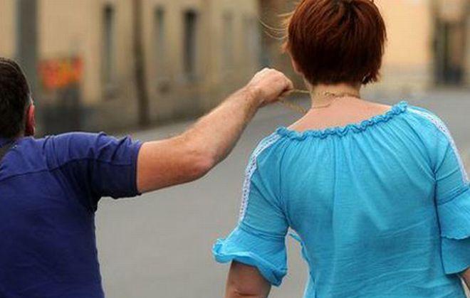 Tortona, pensionata aggredita da un ladro in pieno giorno che le strappa dal collo la catenina d'oro e le ruba anche la borsetta