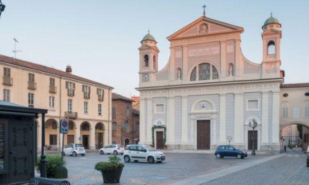 A Tortona rosario in diretta video (o audio) celebrato dal Vescovo a partire da oggi. I siti dove collegarsi