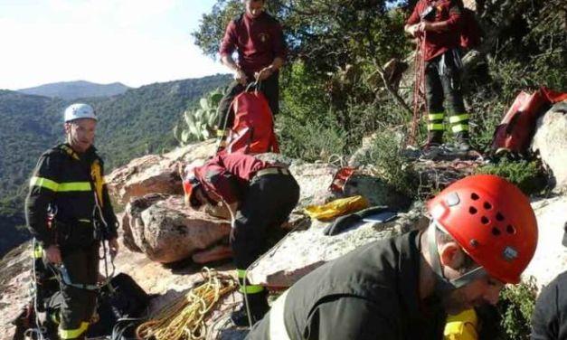 I Vigili del Fuoco di Ovada salvano un escursionista caduto in una scarpata