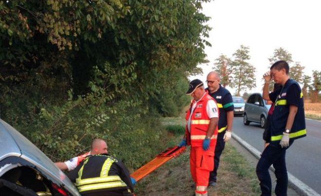 Pontecurone, uomo di 60 anni muore travolto da un'auto mentre era in bicicletta, inutili i soccorsi del 118